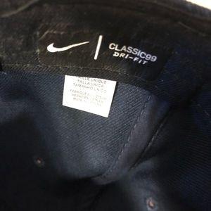 Nike Accessories - University of Michigan Nike hat